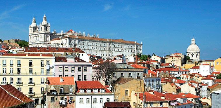 vacation rental investment in portugal increase your rental income. Black Bedroom Furniture Sets. Home Design Ideas